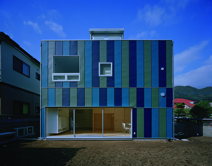bluehouse_001