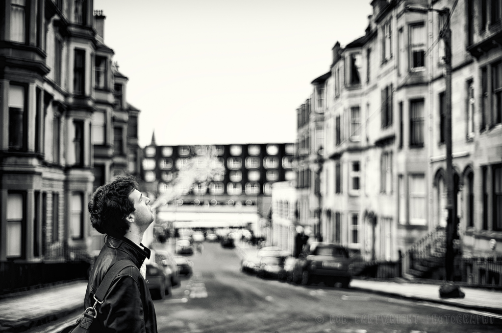 bw-street-photography-portrait-smoking-man-glasgow