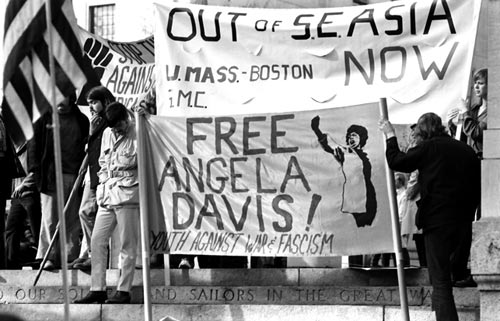 free-angela-davis-colorlines